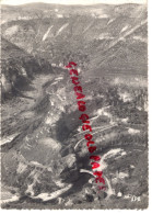 48 - GORGES DU TARN - SAINT CHELY DU TARN- VUE PRISE DE LA ROUTE DE STE ENIMIE A L' AVEN ARMAND ET MEYRUEIS - Saint Chely D'Apcher