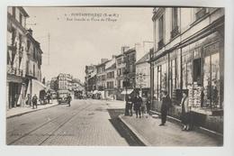 CPSM FONTAINEBLEAU (Seine Et Marne) - Rue Grande Et Place De L'Etape - Fontainebleau