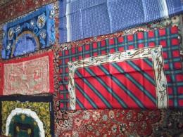 Lot De Foulards Des Années 1980 1990 Pour Déco - Couture - Artisanat - Scarves