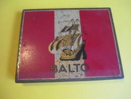 Cigarettes / Boite Métallique/Balto/Goût Américain/Régie Française/Vers 1950 - 1970          BFPP74 - Etuis à Cigarettes Vides