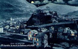 LOURDES - Lourdes La Nuit - Le Château Et La Ville - Lourdes