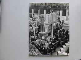 PARIS Grand Palais Vers 1952, Salon  Arts Ménagers, Stand Cadillac  Superbe Photo Professionnelle ; Ref  565  PH14 - Photos