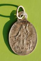 """Charmante Médaillette Pendentif Médaille Religieuse XIXe Argent 925 """"Ste Marie / Ste Geneviève"""" Silver Religious Medal - Religion & Esotericism"""