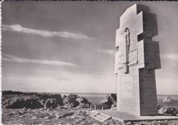 29----CAMARET---monument Aux Bretons De La France Libre-sculpteur  R. BAZIN---voir 2 Scans - Camaret-sur-Mer