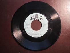 The OTIS REDDING Story SWEET LORENE - 45 Tours - STAX - Pochette Daniel CAVAN Place Du Marchix 22 DINAN Tél : 3-14 - Vinyles