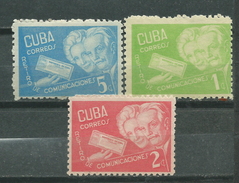 CUBA  Scott# 399/401 ** MNH Aged Couple - Cuba
