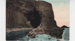 FINGAL'S CAVE / STAFFA - Argyllshire