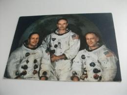 """L'equipaggio Dell'Apollo 11. Da Sinistra: Neil A. Armstrong, Michael Collins, Edwin E. """"Buzz"""" Aldrin, Jr. NASA - Historical Famous People"""