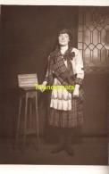 CARTE DE PHOTO VIVE LES ALLIES POUR LE CROIX ROUGE LEATHERHEAD ANGLETERRE 1916 MADAME DYCK DE MUELDER - Croix-Rouge