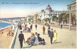 FRANCE --- NICE --- CPA --- La Promenade Des Anglais Et L´ Hôtel NEGRESCO - Cafés, Hoteles, Restaurantes
