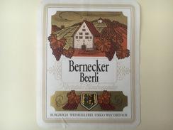 763 - Suisse St-Gall Bernecker Beerli Rheintaler Blauburgunder - Etiquettes