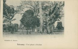 BJ OUIDAH / Une Place à Ouidah / - Benin
