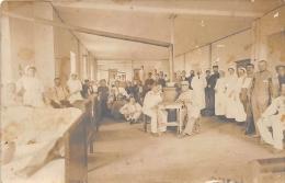 MILITARIA  GUERRE 14 18  SANTE  BLESSES  SOIGNANTS  CARTE PHOTO - Guerre 1914-18