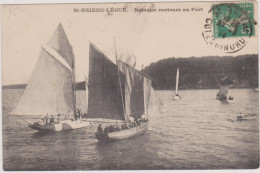(R3) COTES D´ARMOR ; SAINT BRIEUC -LEGUE , Bateaux Rentrant Du Port - Saint-Brieuc