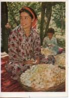 Tadjiskistan. Travail Des Cocons De Soie - Tadjikistan