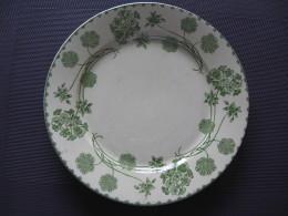 Assiette Géranium U Et C ,Sarreguemines - Plates