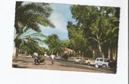 DJIBOUTI 68 LE CENTRE (AUTOS GAREES DONT 2CV . 4L ETC) - Dschibuti