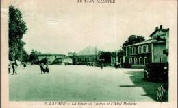 LAVAUR LA ROUTE DE CASTRES ET L'HOTEL MODERNE - Lavaur