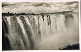 18215. Postal Africa ZUMBABWE. Vicroria Falls, Cataratas - Zimbabwe