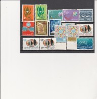 NATIONS UNIES ( NEW YORK ) N° 135 A 150 - NEUFS XX  COTE : 12,50 € - Neufs