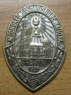 Broche Commémorative Du Xè Congrès Eucharistique National  De Strasbourg En 1935 Manque L épingle - Autres
