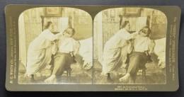"""STEREO """"An Economical Shave"""", Woman Shaves A Man (385) - Photos Stéréoscopiques"""