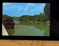 BRAY SUR SEINE Seine Et Marne 77480 : Les Bords De Seine / Bateau Péniche - Bray Sur Seine