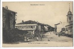 54 Bernécourt La Place De La Fontaine Et Le Clocher - France