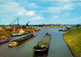 BINNENSCHIFFE - RHEIN, Frachtschiffe Duisburger Hafen - Comercio