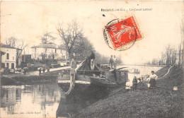 47- BUZET- LE CANAL LATERAL - PENICHE - France