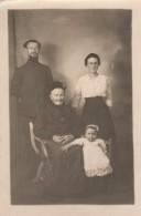 Carte Photo Originale Guerre 14-18 - Portrait De Famille En 1915 - Fernande, Claire & Frédéric Bonnefoy En Uniforme, - Personnes Identifiées