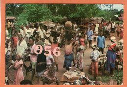 * * Le Marché Du Village En Nigérie Orientale * * - Nigeria