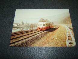 Photo Véritable 9 X 14 Cm DEBAGOT :  Autorail X 3800 Picasso à HAYBES Mai 1985 - Treinen
