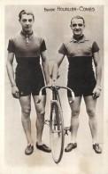CYCLISME (coureurs)-  Equipe Hourlier-Comès. - Cyclisme