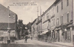 01 Chatillon De Michaille Intérieur Du Vllage Et Route De Bellegarde - Francia
