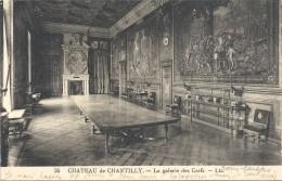 .35. CHATEAU DE CHANTILLY . LA GALERIE DES CERFS . ECRITE AU VERSO - Chantilly