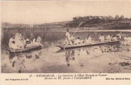 TANANARIVE CATECHISTES ECOLE NORMALE EN VACANCES JESUITES MADAGASCAR AFRIQUE AFRICA - Madagascar