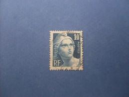 N° 726 - 1945-54 Marianne De Gandon