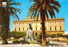 Espagne - San Fernando - Momument Général Varela - Hôtel De Ville - 1040 - Non Classés