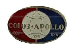 Space. Badge USSR Soviet Russia  Pin. Soyuz-Apollo 1975  (431) - Space