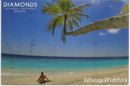 ILES MALDIVES. EXPO MILAN 2015, Belle Carte Postale D'Athuruga Island Du Pavillon Des îles Maldives à MILAN (RARE) - Maldives