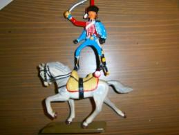 Cavalier SOLDAT DE PLOMB - Figurines
