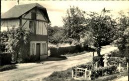 BELLOU EN HOULME LA CROIX DE LORRAINE ROUTE DE FLERS - France
