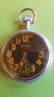 Waltham, Military Pocket Watch, WOII, For Spare Or Repair, 9 Jewels - Equipement