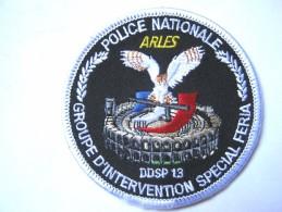 INSIGNE TISSUS PATCH  POLICE NATIONALE LA BAC GIS FERIA ARLES 13 ETAT EXCELLENT - Police & Gendarmerie