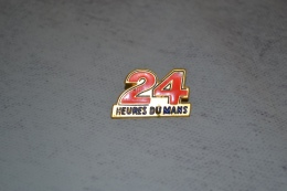 Pin´s 24 Heures Du Mans Sarthe 72 Automobile - Pin's
