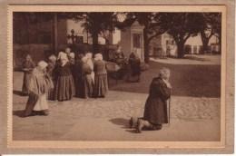 LITUANIE - N° 1736 - BERGRÄBNIS IN LITUAUEN - FUNERAILLES EN LITUANIE - Lituanie