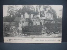 """CPA  Première Guerre Mondiale  """" Senlis Maisons Incendiés """" - Histoire"""