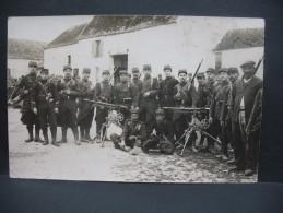 """CPA  Première Guerre Mondiale  """" Soldats Prenant La Pause """" - Geschiedenis"""