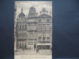 """CPA   Bruxelles  """"  Grand'Place Maisons Des Corporations """" - Squares"""
